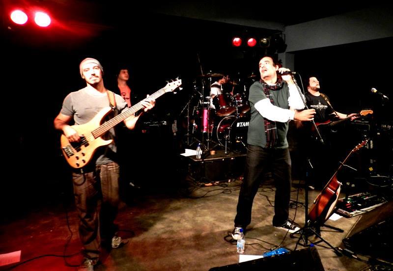 Review: Viagens, Banda Bleffe